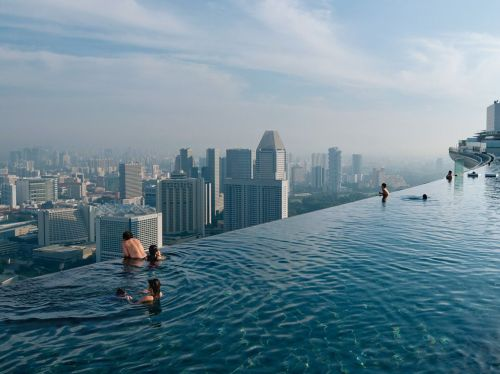 Time for a rooftop swim? (Pic from nationalgeographic.com)
