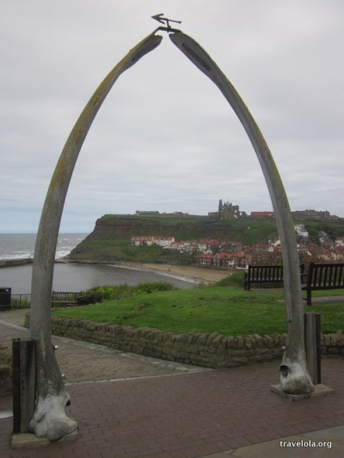 Whitby Abbey with the whalebone arch in the foreground